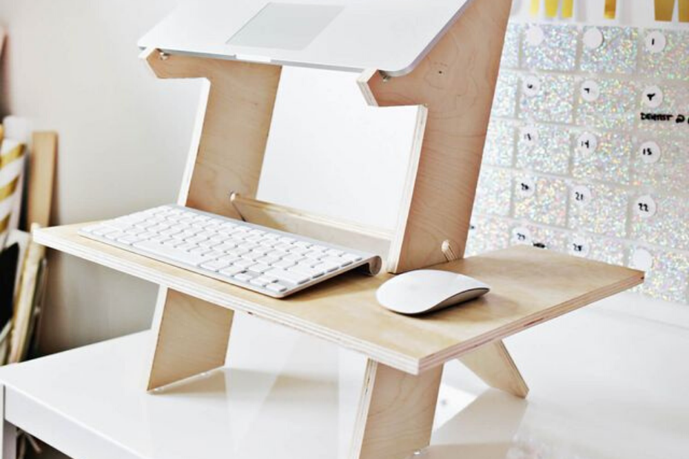 3 DIY Inspirations for building a wooden standing desk